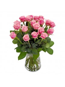 rosas  en Jarrón  de cristal